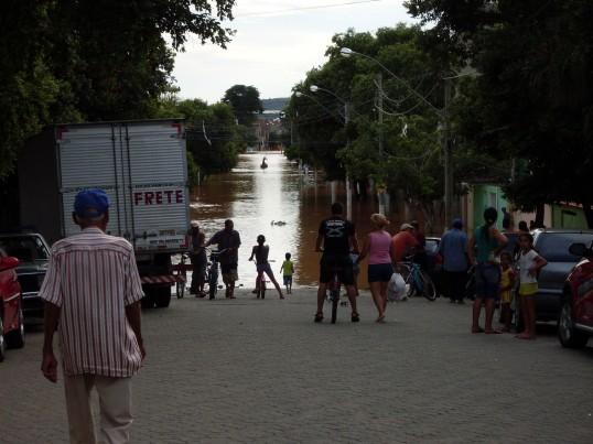 Enchentes Governador Valadares 2008